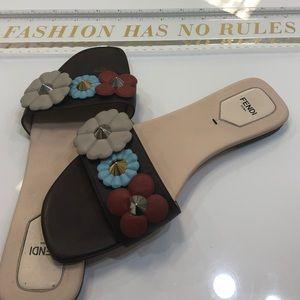 Fendi Flowerland slide sandal brown -multi